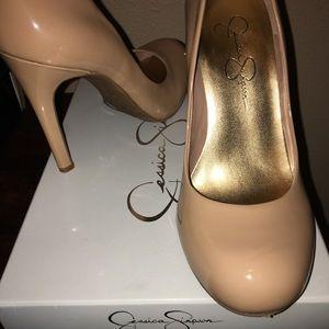 Jessica Simpson Nude Patent Heels, Size 7